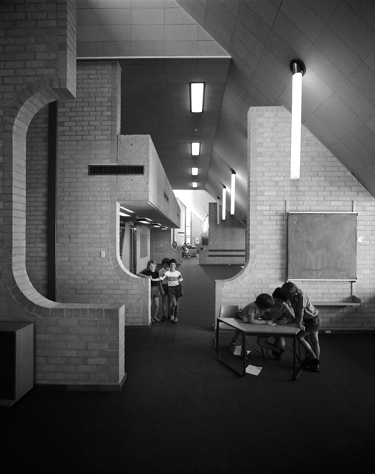 Figure 2. Giralang Primary School, 1975, interior space. Photo by Max Dupain, courtesy of Enrico Taglietti.
